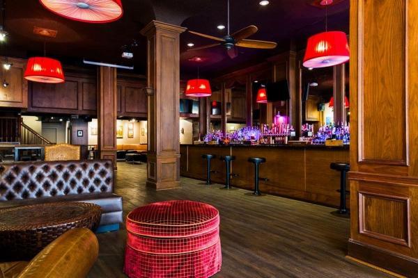San Francisco Bar- Type 48 License, Fantastic Location, High Net Business For Sale