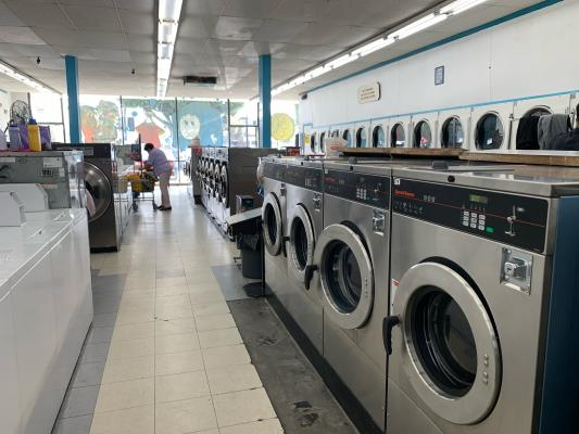 Los Angeles Area Coin Laundromat - New Equipment, Great Location Business For Sale
