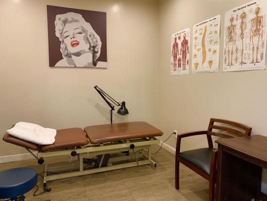 Los Angeles Area Physical Therapy Clinic - Turn Key Companies For Sale